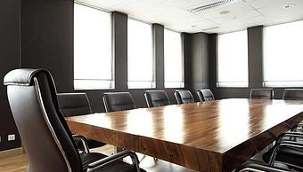 What is the purpose of Nonprofit Executive Sessions?