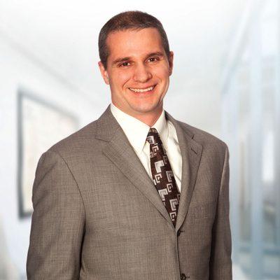 Andrew R. Tavares's headshot